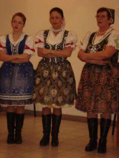 Ženská spevácka skupiny Gečanka