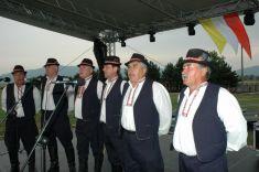 Zvučné hlasy mužskej speváckej skupiny zKokšova-Bakše sa niesli doďaleka